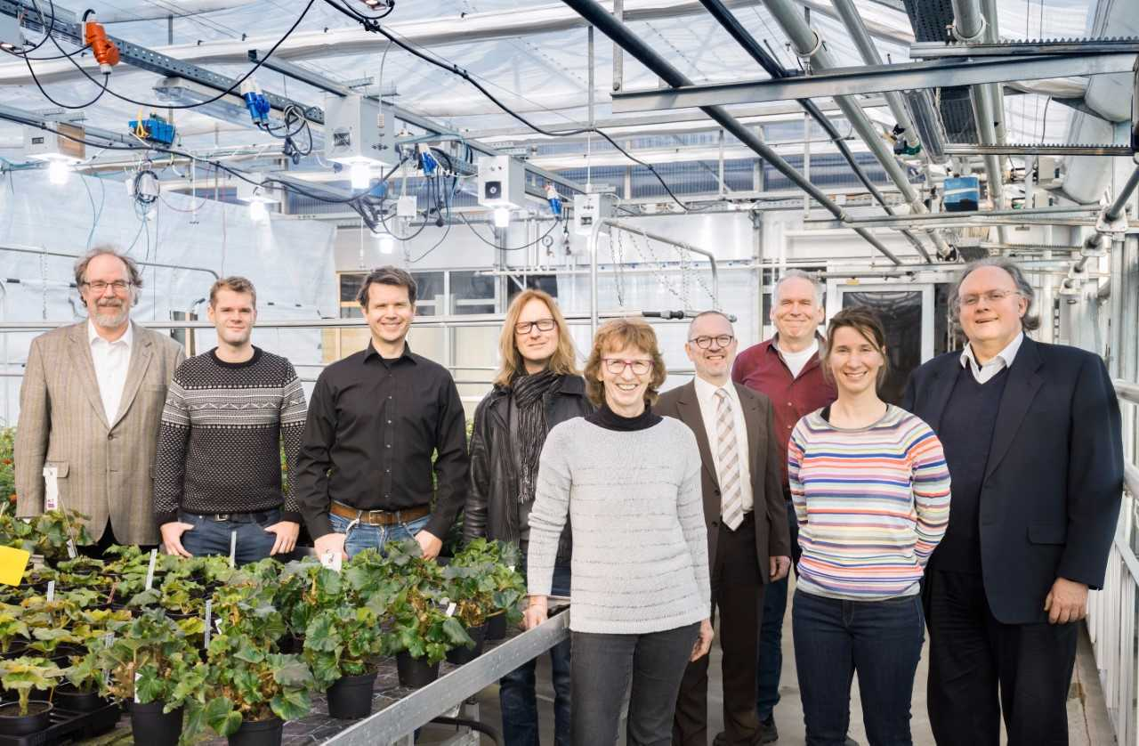 Fig. 8. The plasma lamp development team. (Photo credit: Jan Michael Hosan/Hessen Agentur).