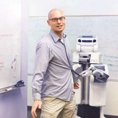 Berkeley professor Pieter Abbeel formed startup covariant.ai to help factories use deep learning to train robots for multiple tasks.